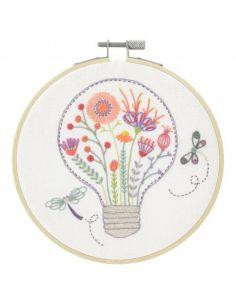 Kit à broder - Lumière florale