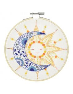 Kit à broder - Le soleil a rendez-vous avec la lune
